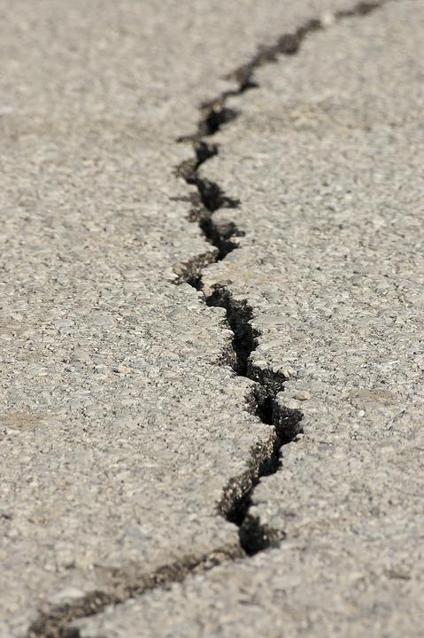 earthquake-1665892_960_720.jpg