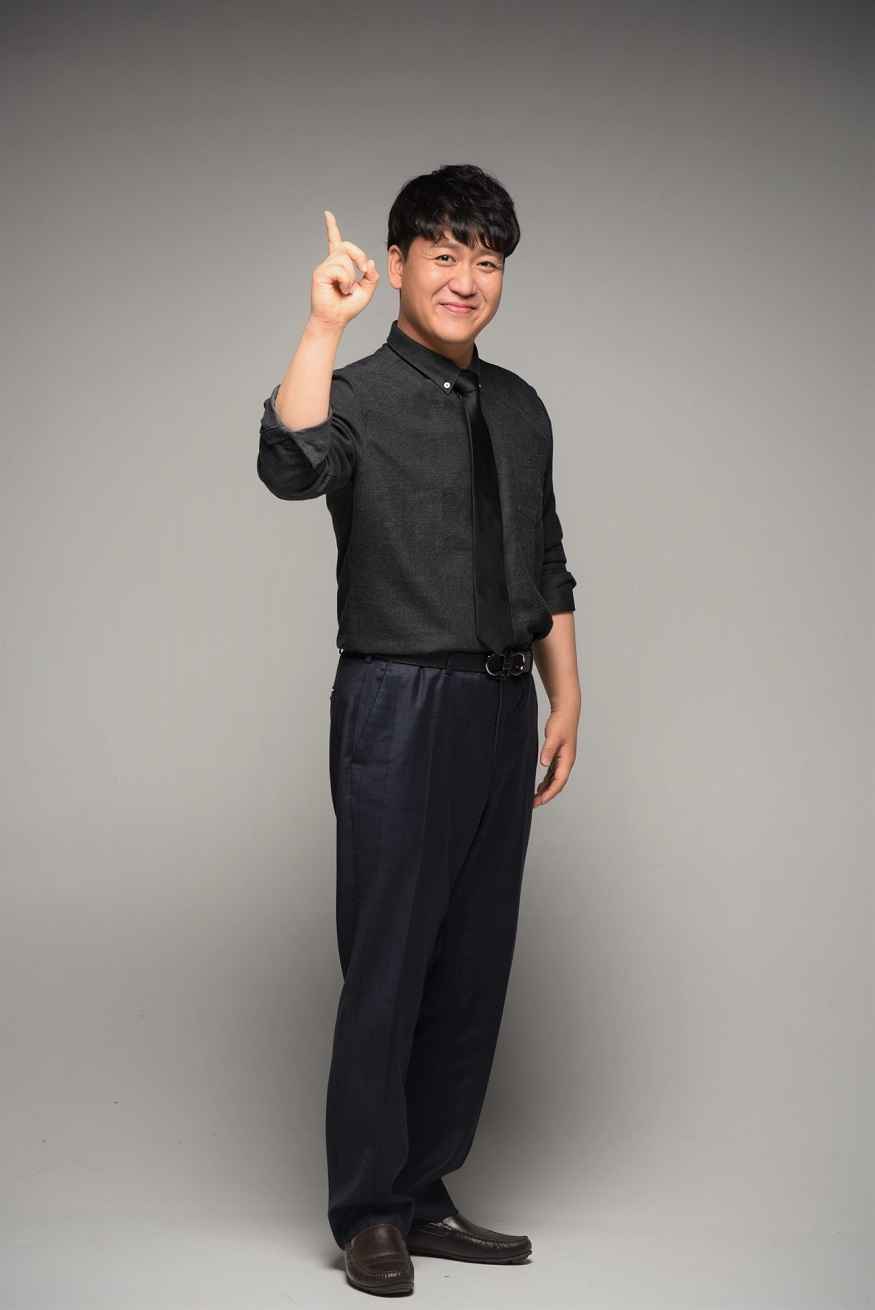김승환 교수 사진(사진).jpg